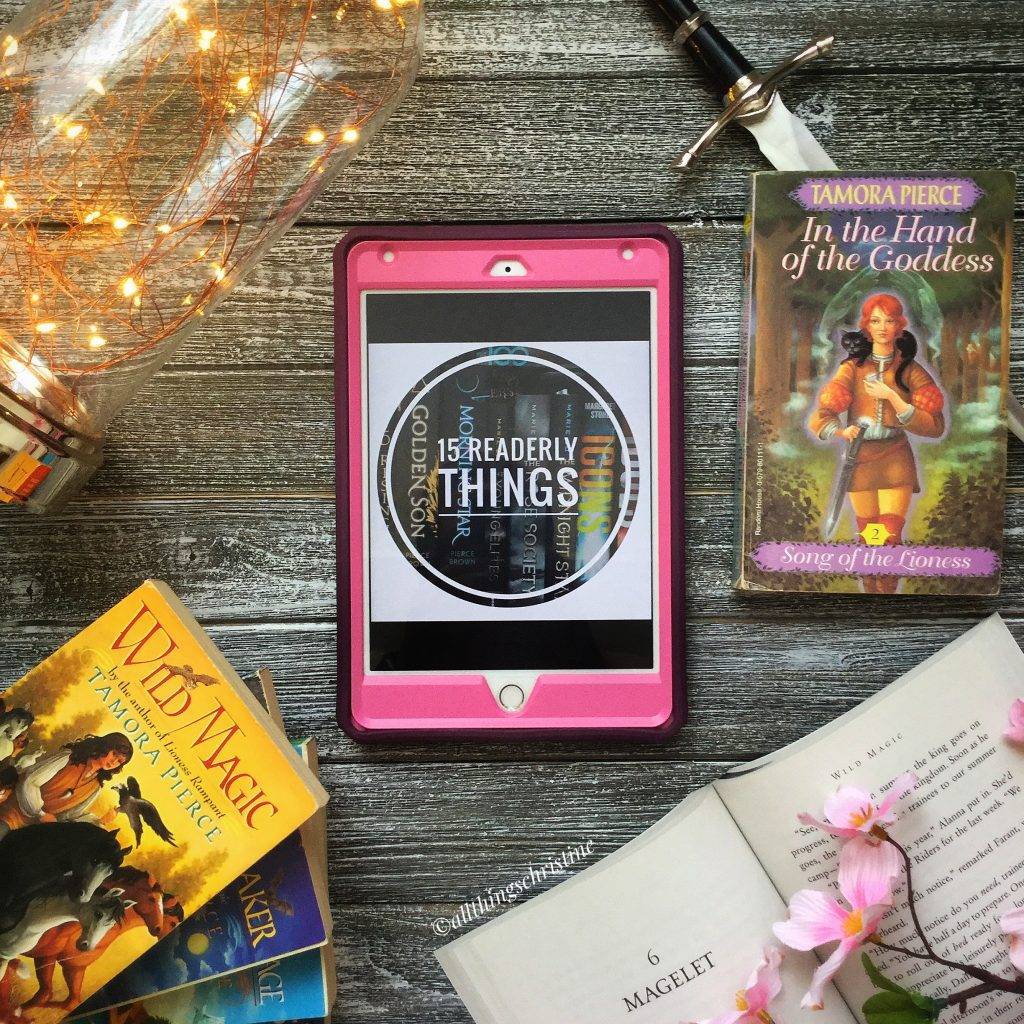15 Readerly Things Featured Image